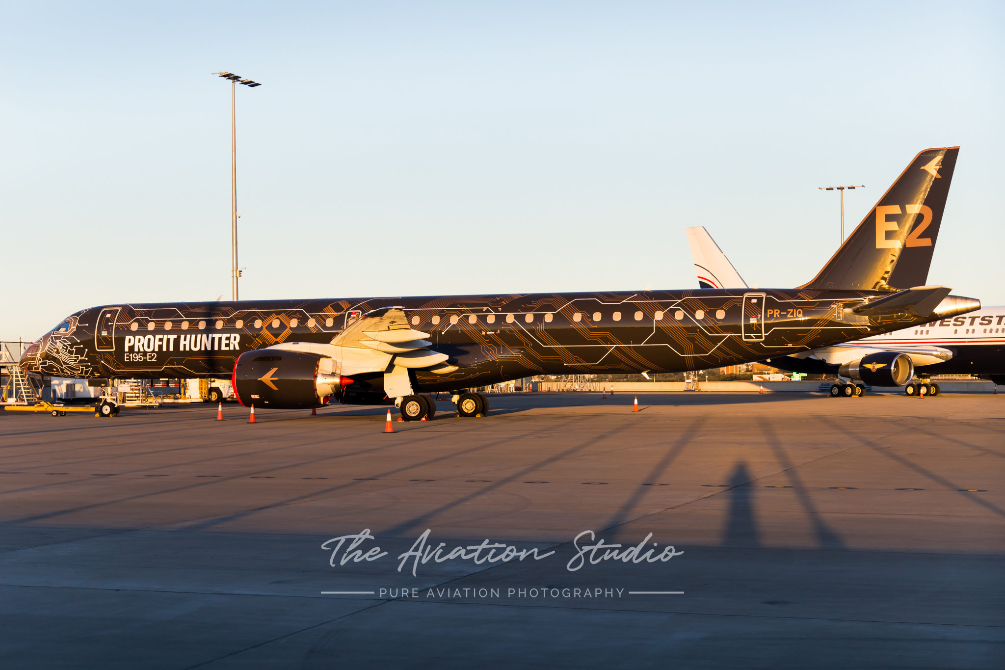 Embraer: Hunting the Orders