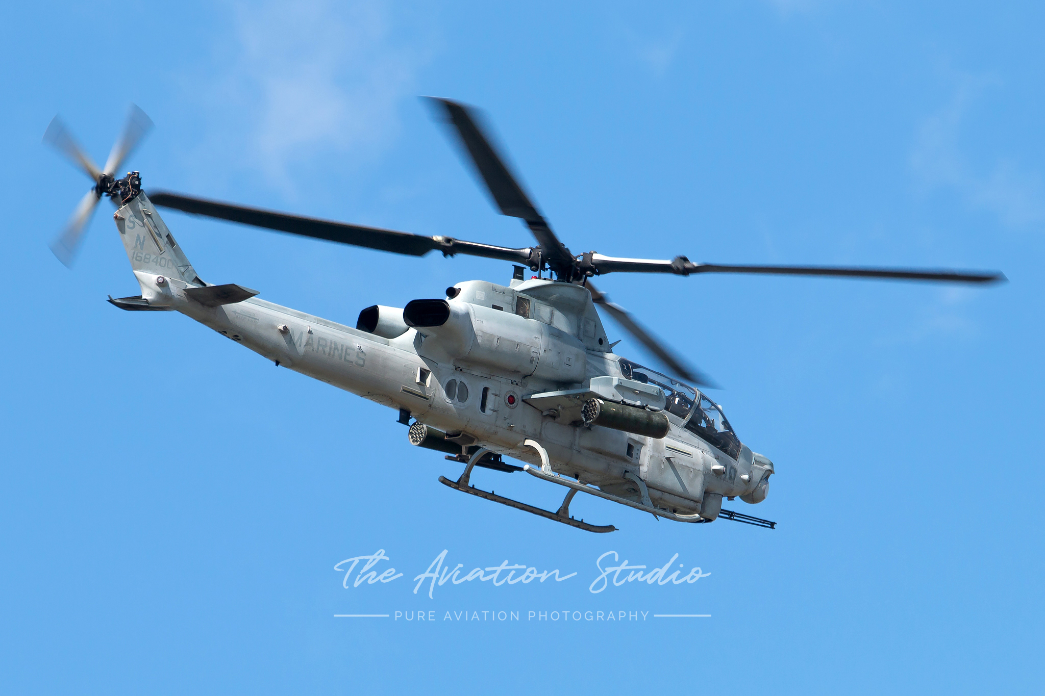 Bell AH-1Z Viper 168400 flies past Kadena on its way from MCAS Futenma (Image: Brock Little)