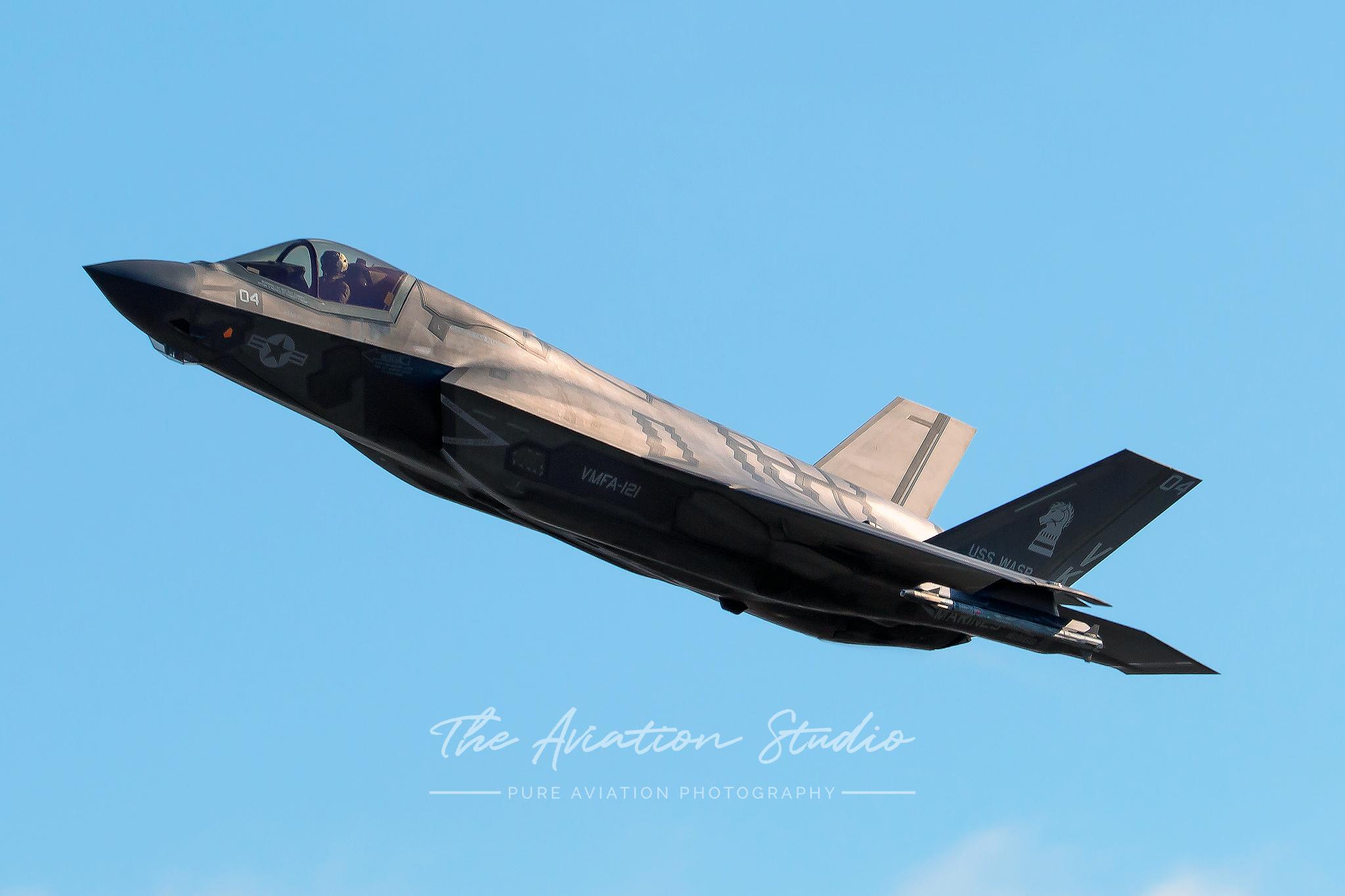 Lockheed Martin F-35B Lightning II 169168 performing a wing wave (Image: Brock Little)