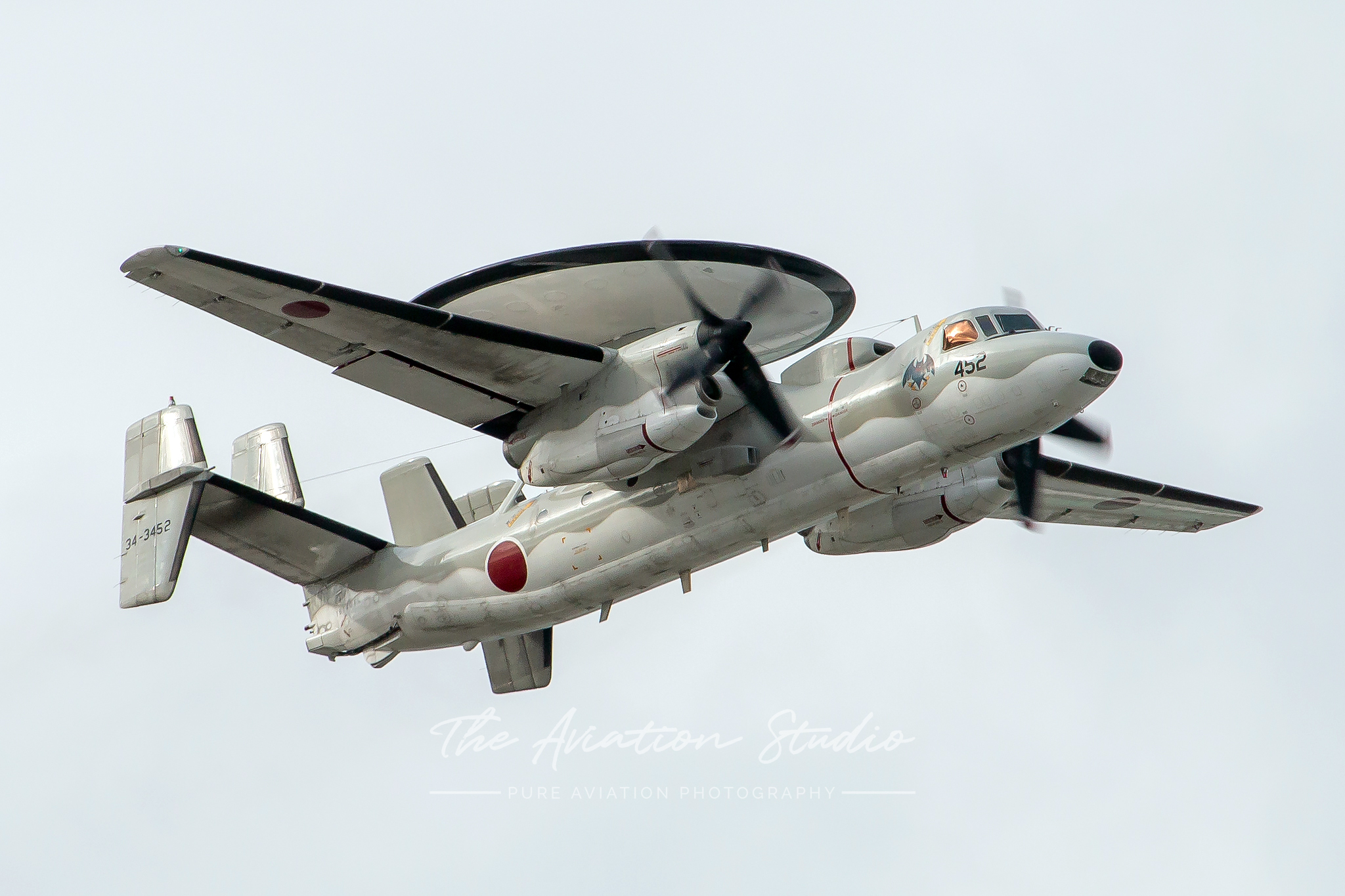 Northrop Grumman E-2C Hawkeye 34-3452 taking off from Naha Air Base (Image: Brock Little)