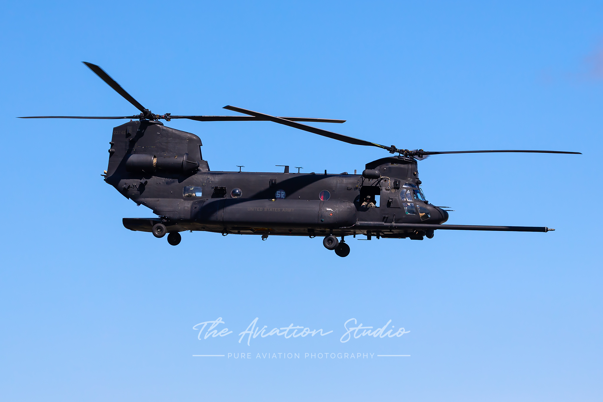 A 160th SOAR(A) Boeing MH-47G Chinook on a sortie (Image: Lance Broad)